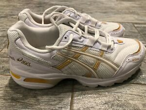 Asics Gel 1090 Running Shoes 8.5 Sneakers White Gold 1202A019 Womans GEL-1090