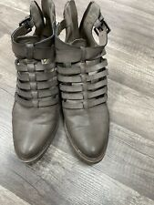Women's BLACK Vio Boot SIZE 9
