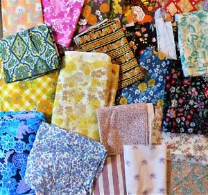 """4 VINTAGE RETRO REWORKED 9"""" x 11"""" COTTON FABRIC REMNANTS SCRAPS SEWING CRAFTS"""