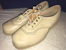 P. W. Minor Ortopédicas Cordones Color Beige Comodidad Cuña Zapato 11C Ancho