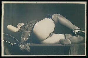 French nude woman Grundworth big butt on table original old c1925 photo postcard
