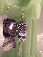 Drop - dangle Earrings Silver tone
