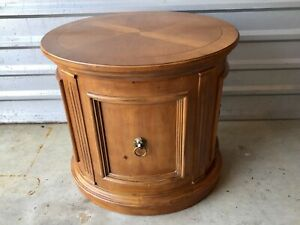 Ethan Allen Tuscany Oval Drum End Accent Side Table With Door And Inside Shelf