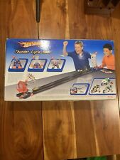 THUNDER CYCLE DUEL HOT WHEELS CYCLE & CAR RACE TRACK SET VINTAGE 2003 (Cooper)