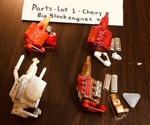 model car junkyard/ diorama/ spare parts…4 chevy big block motors….lot 1