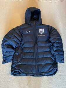 Nike England Football Team Hooded Bench Coat - Used but in Great Condition (XL)