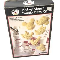Vitantonio Cookware Mickey Mouse Cookie Press Kit COMPLETE in box & Instructions