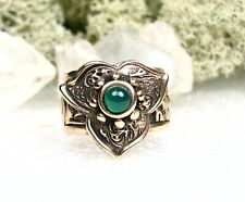 Ring-Green Chalcedony Stone-Size 8 Antique Style Golden Bronze