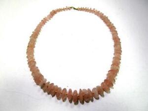 Halskette mit schönen Steinen aus Rosenquarz  AS3995