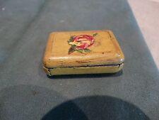 ancienne petit boite au décor peint main en métal