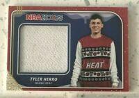 Tyler Herro Rookie Sweater 2019-20 Panini NBA Hoops Winter Holiday White Patch
