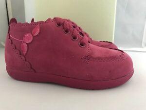Stride Rite Walking Shoes Raspberry Girls/ Infants Size 7 Medium