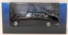 Atlas Editions 1/43 Scale 2 696 609 - Daimler DS420 Limousine - Black Claret