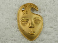 Large Goldtone Face Pin (A24)