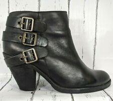 Schutz Women/'s Measha Round Toe Metal Chain Hardware Ankle Shabba Caitlin Boot