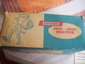 VINTAGE UNIVERSAL NO. 1 FOOD & MEAT CHOPPER COMPLETE IN ORIGINAL BOX with papers