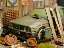 BMW 325i E30 Bj.1989 - Youngtimer BMW Scheunenfund Diorama im Maßstab 1:43