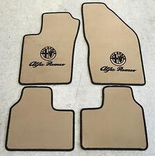 Autoteppiche Fußmatten für Alfa Romeo 90 creme schwarz Logo 4teilig Neu Velours