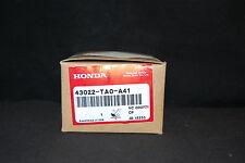 43022TA0A41 - ACURA 2009-2010 TSX V6 REAR BRAKE PADS