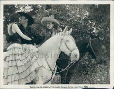 Kiss Scene From Movie Rogue of The Rio Grande Jose Bohr Press Photo