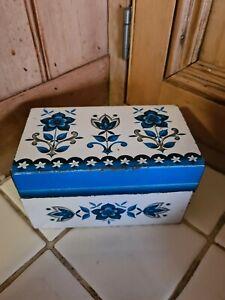 Vintage Retro Blue Floral Metal Tin Storage Box Recipe Cards