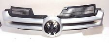 VW GOLF MK5 2004 - 2008 FRONT GRILLE MAIN CENTRE WITH BADGE PAINT CODE LC7W NEW