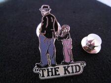 Pin's Folies ** Rare Enamel pin Badge Cinema Movie Charlie Chaplin  The Kid