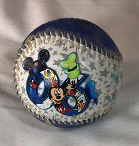 2006 Walt Disney World Collectible Baseball w/Mickey Mouse, Donald Duck & Goofy