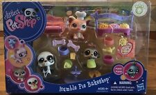 Littlest Pet Shop ULTRA RARE Humble Pie Bakeshop W/ Dog #1594 Chef Pig #1595