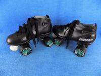 Chicago Men's Size 7 Black Bullet Speed Roller Skates