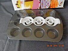 Wilton Two Tone Cupcake Pan Set Cake Non-Stick Baking Tin Includes Insert