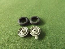 REPRODUCTION BRITAINS 1:32 MASSEY FERGUSON 135 FRONT WHEELS & TYRES