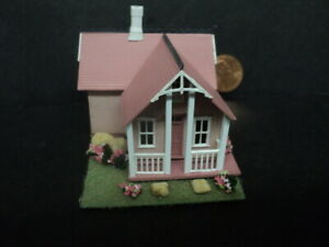DOLLHOUSE FOR INSIDE YOUR DOLLHOUSE- 1/144TH SCALE- PINK-#1