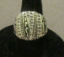 925 Silver (Sterling) Ring Raised Design Size 6