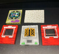 Lego LOT Printed Red Gray Wall Parts # 15627 4515