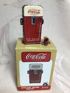 BOYDS TREASURE BOX, COKE MACHINE WITH FIZZ