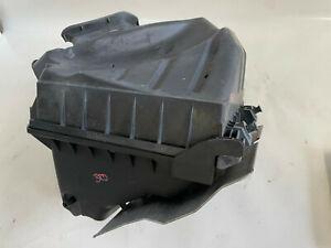 Luftfilterkasten Audi A4 8E B7 2,0 TDI 125KW 170PS BRD Motor 03G133837