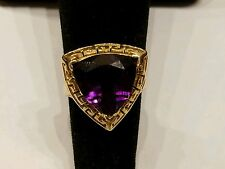 Large amethyst and 10k yellow gold trillion cut 4 cts, absolute stunner