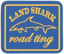 Land Shark vêtements Road Ting Skateboard Autocollant 8.5 cm large bleu/jaune Skate