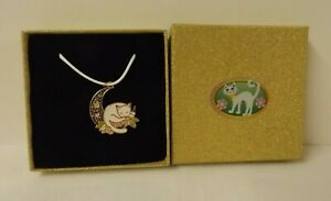Cat theme gift set - faux leather necklace with decorated gift box