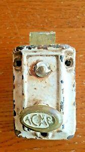 ACME Antique Vintage Dead Bolt Lock Cast Iron Knob (9vtg)
