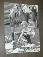 Photographie Press Nudiste Women Festival 1970-75 18 cm x 24 cm