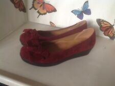 Ladies Red Velvety Wedge Heels Size 6 New Shop Clearance