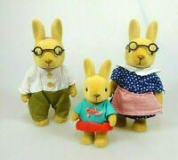 Bear Family Bärenwald Hasenfamilie 3 Hasen mit Kleidung