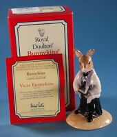 Bunnykins Royal Doulton Vicar DB254 2002 International Collectors Club Exclusive