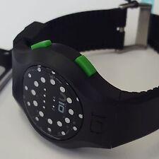 Unisex manali KICK binario Quartz Watch W / cinturino in gomma da quello mk202g3