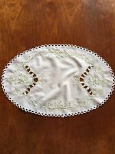 Vintage Cutwork And Embroidery Linen Centrepiece Duchess / Doily Dining Table