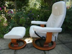 Stunning Medium Cream Stressless 'Consul' Ergonomic Recliner Chair 386