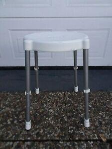Duschhocker,verstellbar Medical Stuhl Badewannenhocker, Duschstuhl 130Kg--66