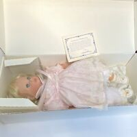 "Susan Wakeen Collection Little Sweetheart Doll 20"" w/ Certificate Stained"